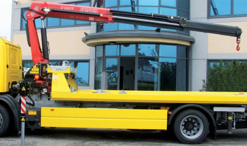 Fassi F100T crane for vehicle recovery