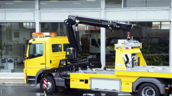 Range of Fassi cranes for recovery of vehicles
