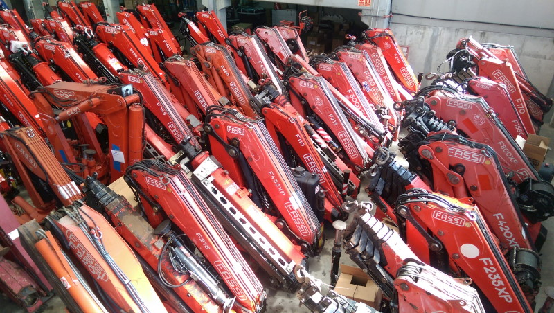 Stock Fassi new & used cranes