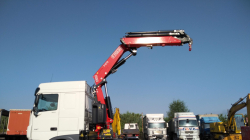 A Fassi F275A.2.26 cranes for mounting tents