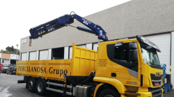 Used crane and fixed body delivery