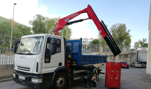 We deliver a Fassi F110B.0.23 crane