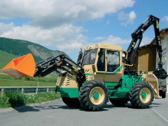 L60T forestry crane on tractor
